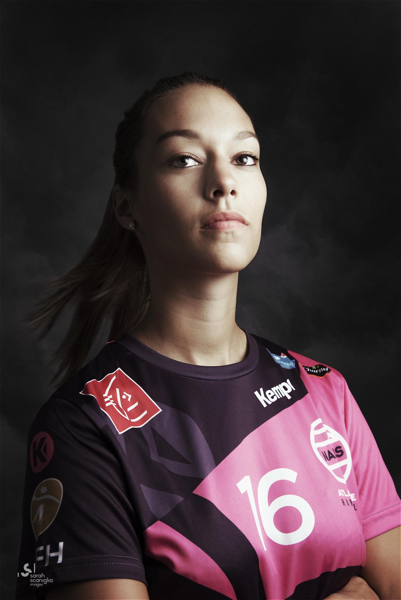 Laurine Chesneau - handball ©sarah scaniglia photographe Nantes